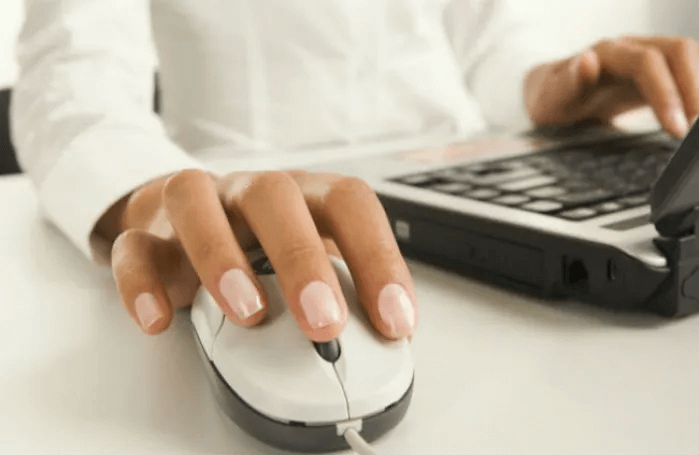 Phần mềm Auto Click giúp người dùng thực hiện các cú nhấp chuột nhanh chóng hơn